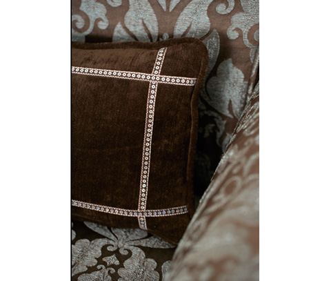 Michael Amini - High Back Chair - 03835-DAQUA-05