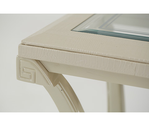 Michael Amini - Pearl Croc Chair Side Table - 19222-12