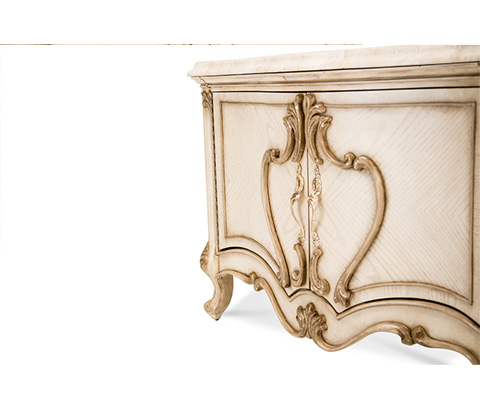 Michael Amini - Platine de Royale Bachelor's Chest - 09042-201