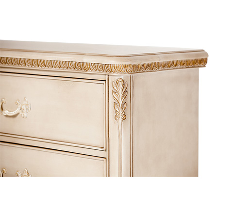 Michael Amini - Lavelle Cottage Five Drawer Chest in Blanc - 9022670-04