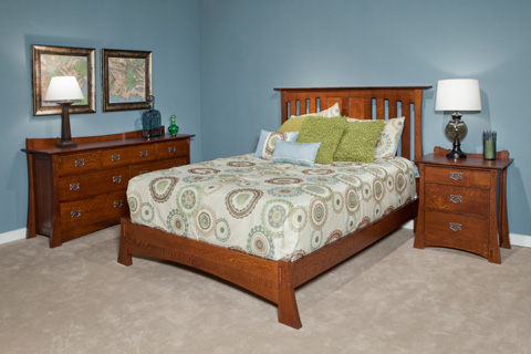 Borkholder Furniture - Highland Queen Slat Bed with Low Footboard - 21-1502QLF