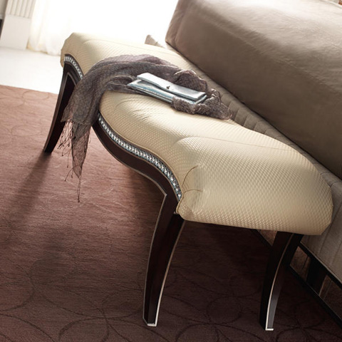 Caracole - Mystique Bed Bench - B033-290