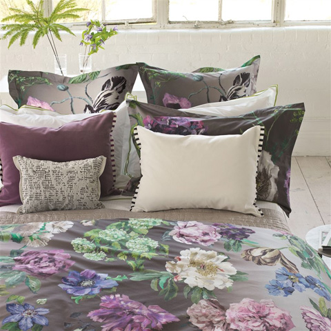Designers Guild - Alexandria Amethyst Queen Duvet Cover - BEDDG0561