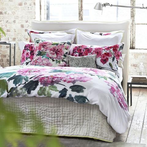 Designers Guild - Shanghai Garden Peony King Duvet Cover - BEDDG0656