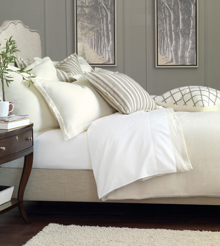 Eastern Accents - Breeze Pearl Decorative Pillow - DPA-262