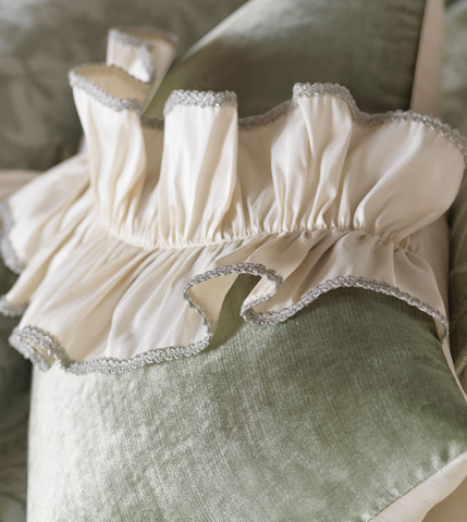Eastern Accents - Velda Spa Pillow with Ruffle - LUR-02