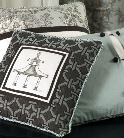 Eastern Accents - Vera Envelope Pillow with Cord - VRA-04