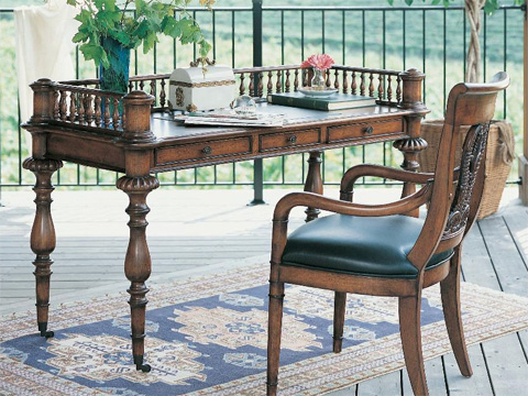 Fine Furniture Design & Marketing - Vinter's Desk - 320-925