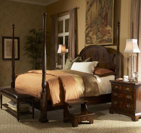 Fine Furniture Design - King Poster Bed - 1110-467/468/469