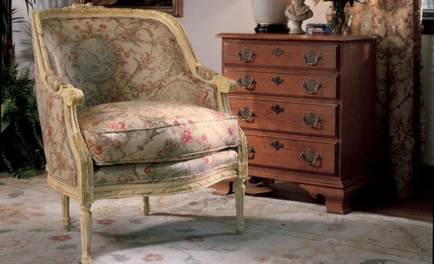 Image of Carved Frame Accent Lounge Tub Chair
