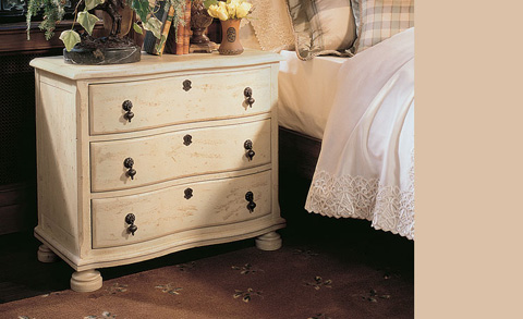 Harden Furniture - Three Drawer Night Chest - 1530