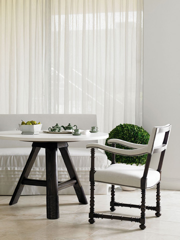 Hickory Chair - Baylis Dining Table - 743-10/744-40