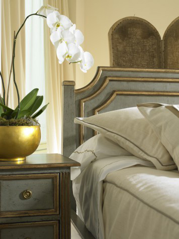 Hickory White - King Panel Bed - 795-20