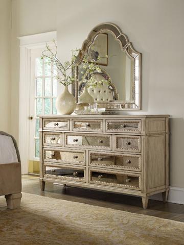 Hooker Furniture - Sanctuary Shaped Landscape Mirror - 3023-90009