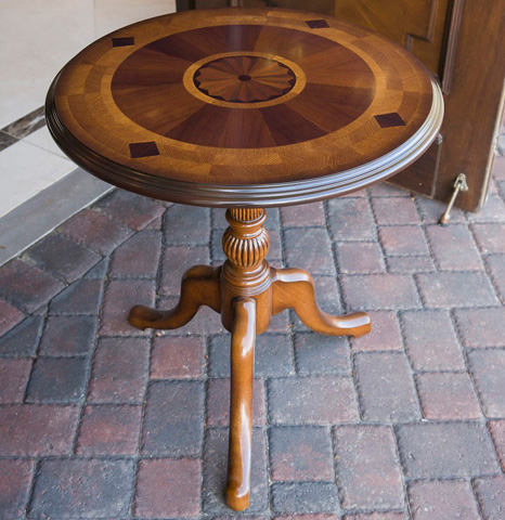 Hurtado - Occasional Table - 202741
