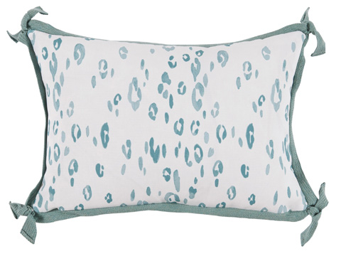 Lacefield Designs - Leopard Seafoam White Outdoor Lumbar Pillow - OUT14