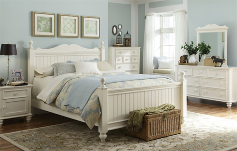 Legacy Classic Furniture - Queen Low Poster Bed - 481-4205K