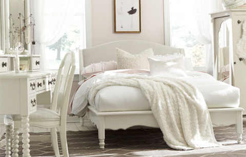 Legacy Classic Furniture - Full Avalon Platform Bed - 3832-4804K