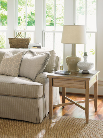 Lexington Home Brands - Fair Oaks Lamp Table - 830-955