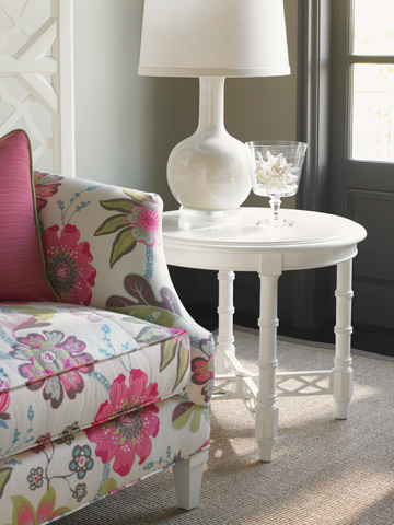 Tommy Bahama - Edgehill Round Lamp Table - 543-950