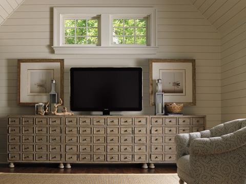 Lexington Home Brands - Halsey Bunching Chest - 352-974