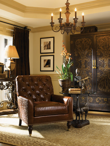 Lexington Home Brands - Heads Above Giraffe Accent Table - 4011-801C