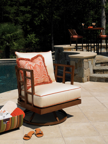 Tommy Bahama - Swivel Lounge Chair - 3120-11SW