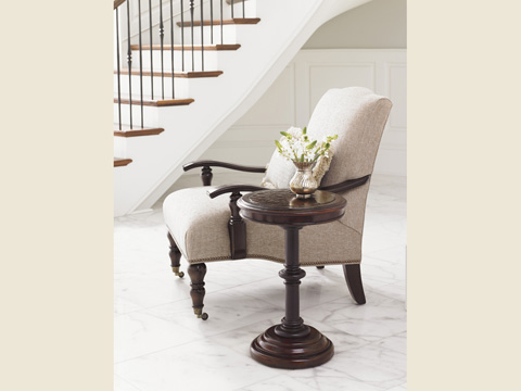 Tommy Bahama - Queenstown Round Accent Table - 552-951