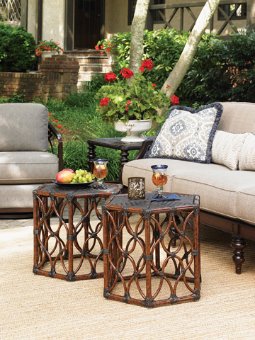 Tommy Bahama - Bunching Cocktail Table - 3235-947