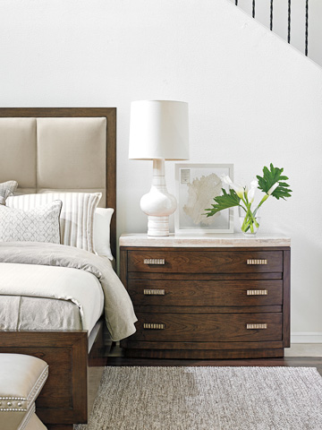 Lexington Home Brands - Pershing Bachelors Chest - 721-624