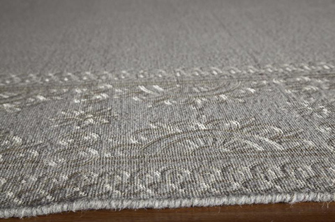 Momeni - Lace Embroided Rug in Grey - LAC-02 GREY