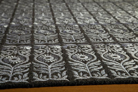 Momeni - Lace Embroided Rug in Black - LAC-03 BLACK