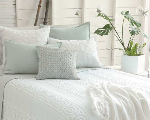 Pine Cone Hill, Inc. - Melanie White Coverlet in Queen - MEWCVQ