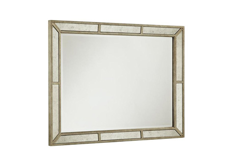 Image of Farrah Mirror