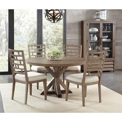 Riverside Furniture - Curved Lattice Back Upholstered Chair - 26255