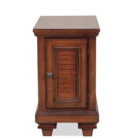 Riverside Furniture - Chairside Chest - 42810