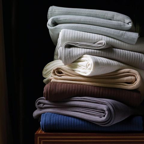 Sferra Bro Ltd - King Blanket - 1282KGBLCHR