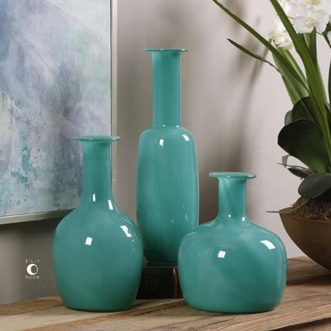 Uttermost Company - Baram Vases - 20017