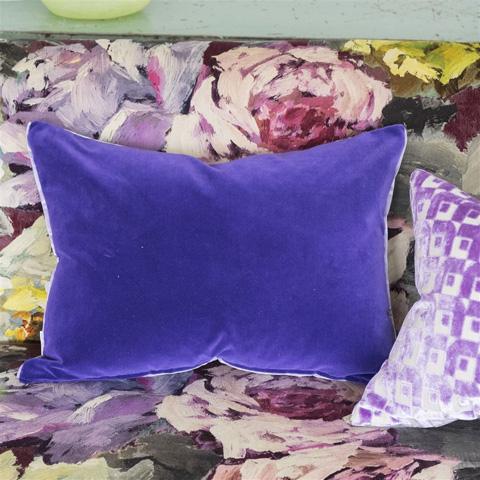 Designers Guild - Cassia Dewberry Throw Pillow - CCDG0441