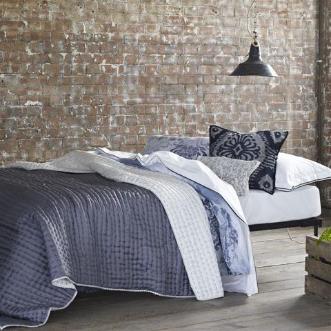 Designers Guild - Chenevard Chalk and Graphite Large Quilt - QUDG0009