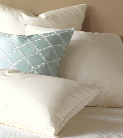 Eastern Accents - Freda Ivory Decorative Pillow - DPA-289