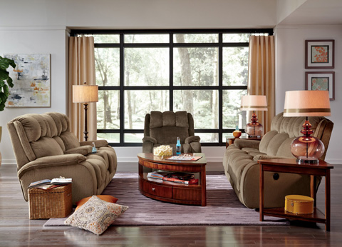 Flexsteel - Fabric Reclining Loveseat with Console - 4841-601