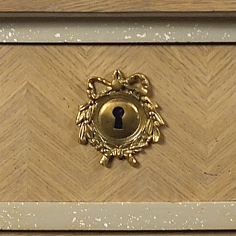 French Heritage - Nicholas Sideboard - M-1525-1002-OAK