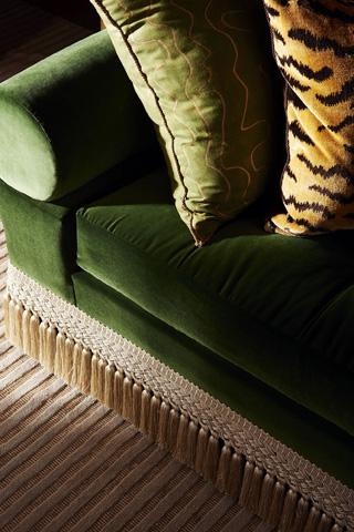 Hickory Chair - Kennedy Divan - 5209-65