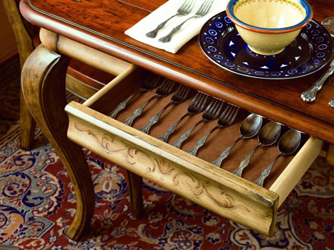 Hooker Furniture - Vineyard Rectangle Dining Table w/2-18