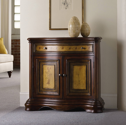 Hooker Furniture - Vineyard Two-Tone Shaped Hall Chest - 500-50-643