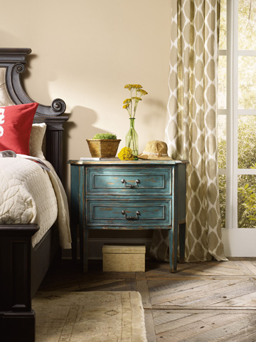 Hooker Furniture - Sanctuary Brighton Two Drawer Bachelors Chest - 5405-90017