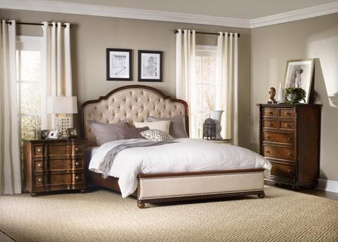 Hooker Furniture - Leesburg King Upholstered Bed with Wood Rails - 5381-90966