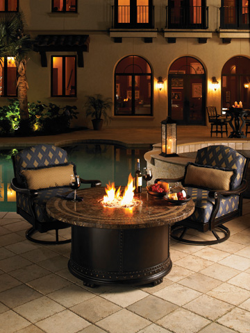 Tommy Bahama - Swivel Lounge Chair - 3190-11SW
