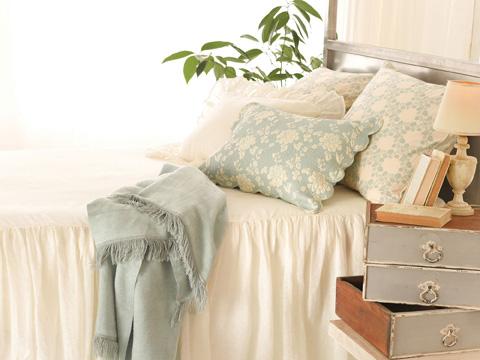 Pine Cone Hill, Inc. - Savannah Linen Gauze Ivory Bedspread in Queen - SAIBCQ